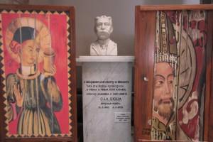 Monumento al poeta Carmelo La Giglia